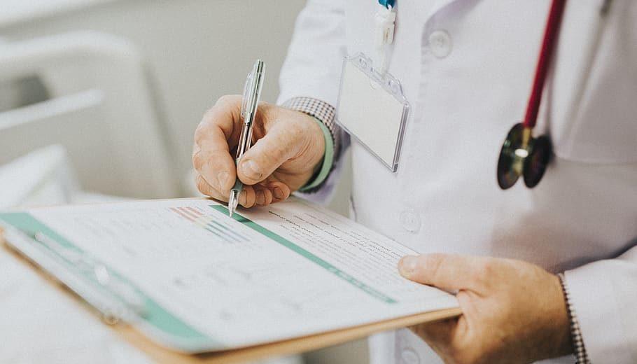 Des médecins libéraux sanctionnés pour non respect du RGPD. Serait-on au début de contrôles généralisés ?